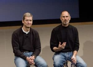 Seems that, among other secrets Steve Jobs shared with his eventual successor, Tim Cook should take a page out of the Steve Jobs dress code manual.